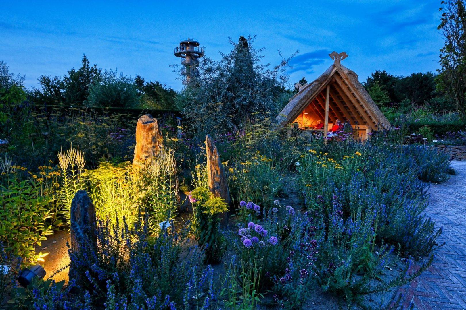 Park der Gärten Reetdach Pavillon Insektenfreundlich Bad Zwischenahn